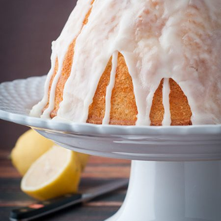Delicious Lemon Bundt Cake