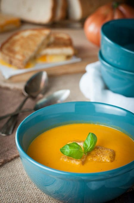 Creamy Roasted Tomato and Garlic Soup (heirloom)