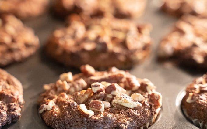 Healthy almond flour banana muffins