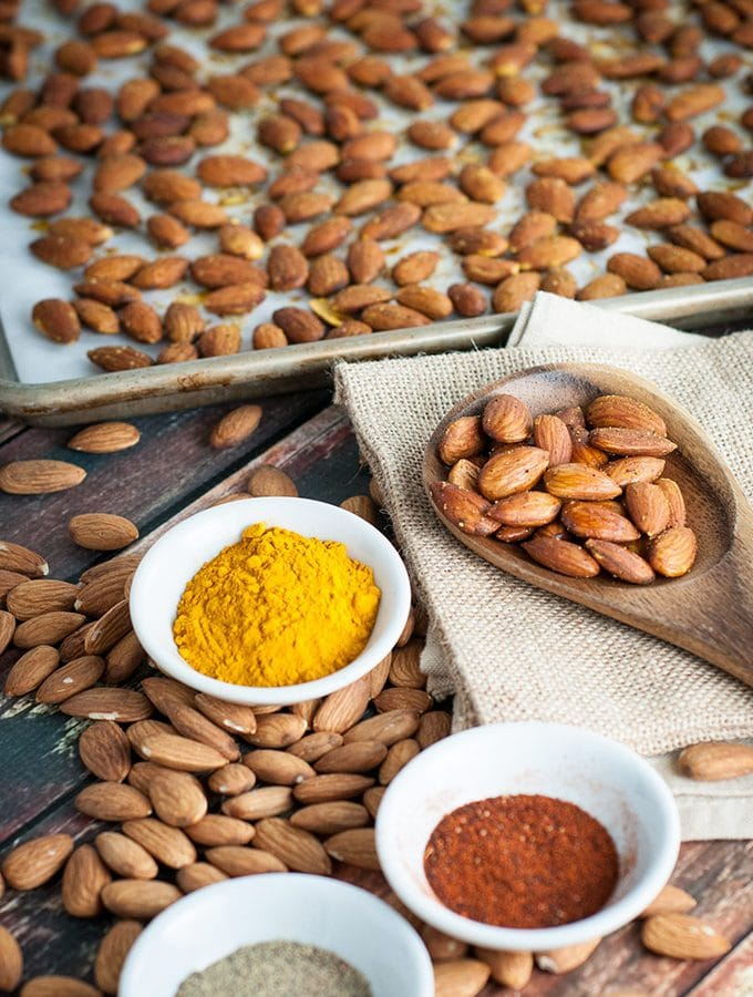 Turmeric roasted almonds